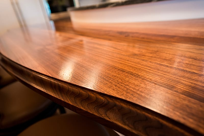 Are You Shopping for an Oak Countertop? Here's What You Should Know