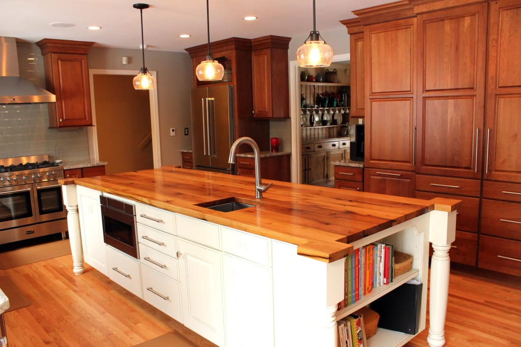 Choose a Salvaged Wood Kitchen Island in Maryland